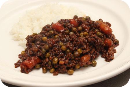 Rijst met Doperwten en Worteltjes in Ketjapsaus