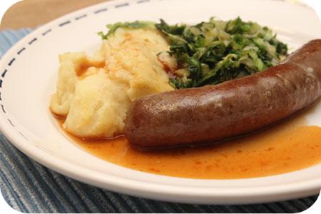 Gewokte Andijvie met Aardappelpuree met Braadworst