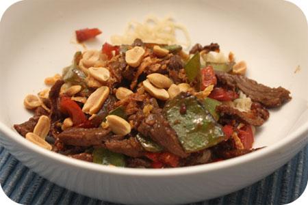 Noodles met Rundvlees en Peultjes