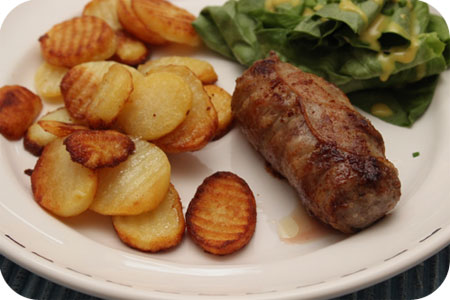 Gebakken Aardappeltjes met Sla en Slavink