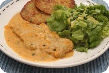 Schnitzel met Peper-Rahm saus en Sla uit eigen tuintje