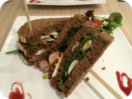 Ups & Downies in Veenendaal club sandwich kip