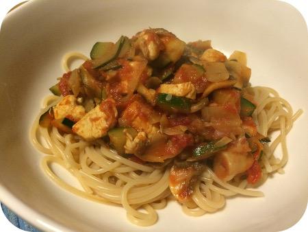 Spaghetti met Kipfilet, Courgette en Champignons