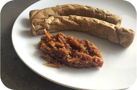 Frikandel met Indische Saus