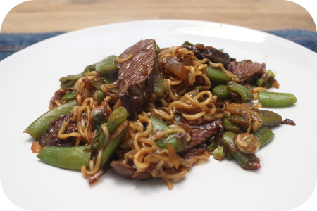 Noodles met Sugarsnaps en Biefstuk