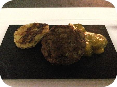 Zimpel in Veenendaal Duitse biefstuk met piccalilly en rösti