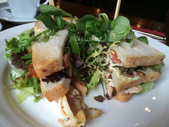De Walrus - Sneek Club Sandwich