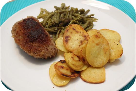 Sperzieboontjes met Gebakken Aardappeltjes en Gehakt Cordon Bleu