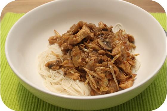 Pad Thai met Kip en Champignons