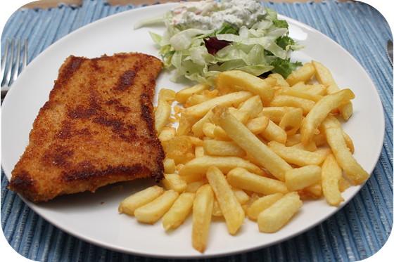 Schnitzel met Frites en Salade