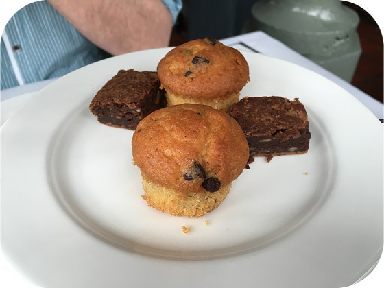 Paas High Tea bij Residence Rhenen brownie muffins