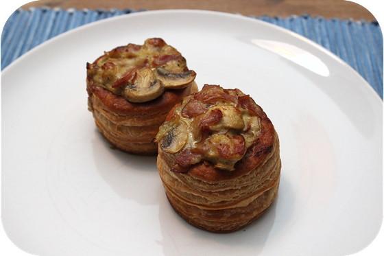 Pasteitjes met Ragout van Champignons en Ham