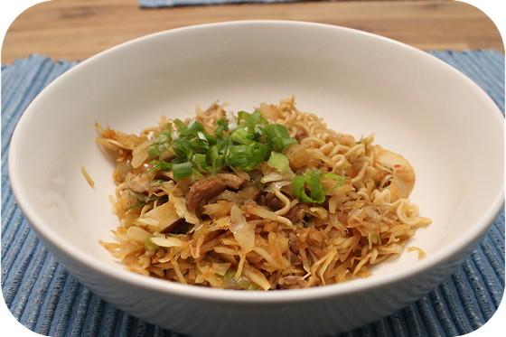 Vega: Noodles met Witte Kool en Shiitake