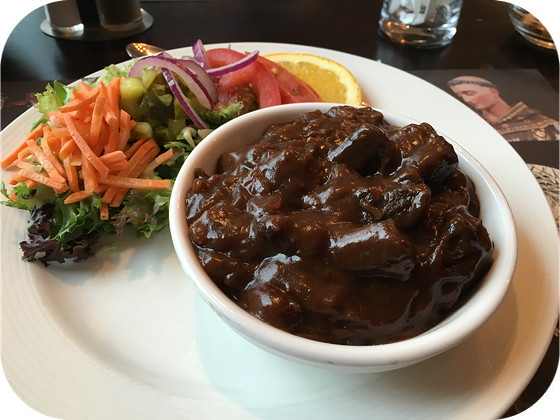 De Zwarte Madonna - Vaals limburgs zuurvlees