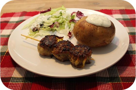 Fruitig Spiesje met gepofte aardappel en salade