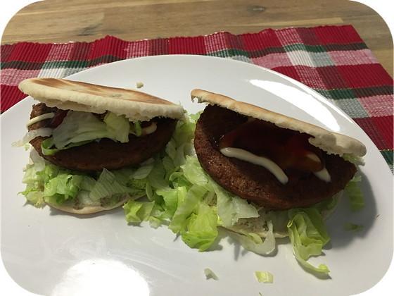Pitabroodjes met Groenteburgers