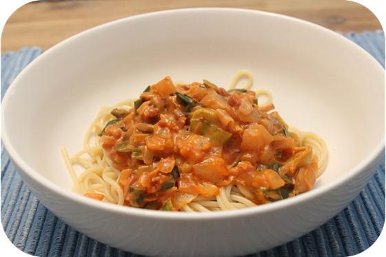 Spaghetti in Romige Tomaten-groentesaus