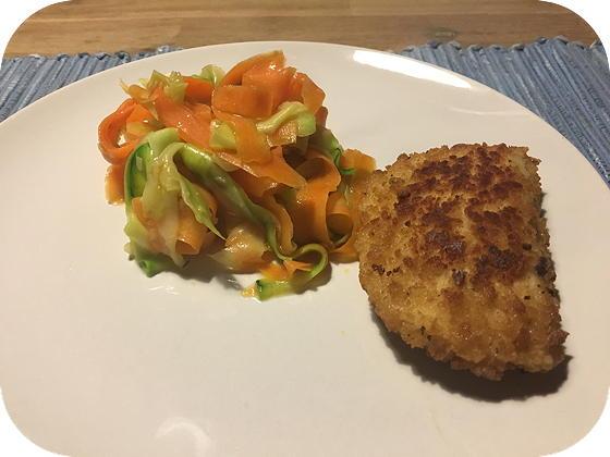 Courgette en Wortel Tagliatelle met Vega Schnitzel Tomaat Mozzarella