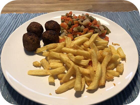 Falafel met Friet en Maçedoine