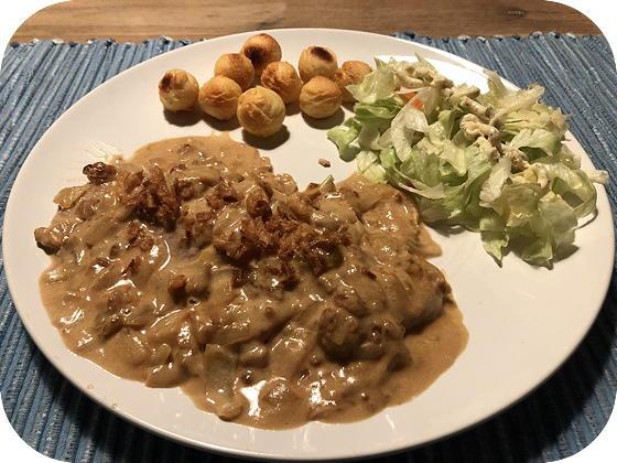 Schnitzel met Uienroomsaus