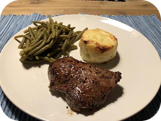 Biefstuk met Aardappelgratins en Sperziebonen