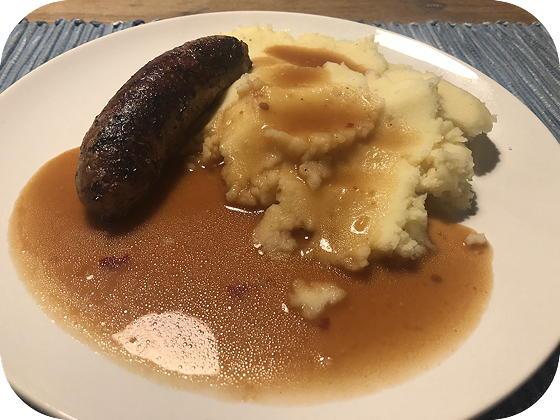 Braadworst met Aardappelpuree en Jus