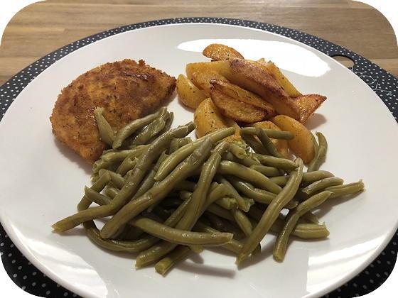 Vegetarische Satéschnitzel met Sperzieboontjes en bbqkrieltjes