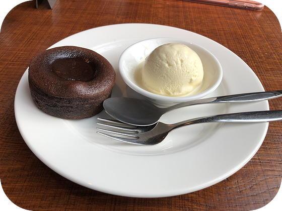Proeflokaal Bregje Veenendaal chocoladetaartje