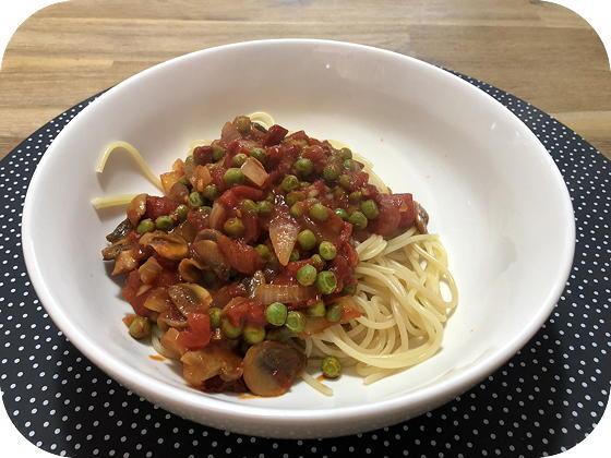 Vega Spaghetti met Doperwten in Tomatensaus