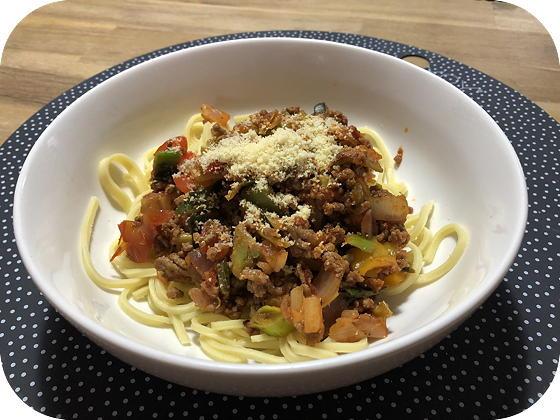 Verse Spaghetti met Napolitiaanse Groentensaus