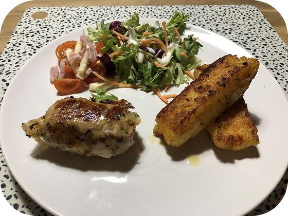 Kaasvink met Salade en Gevulde Aardappeldingen