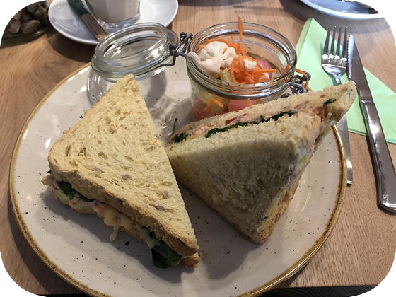 Barista Café Veenendaal zalm melt