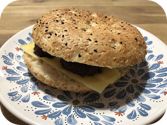 Mini Turks Brood met Gehaktbal en Kaas