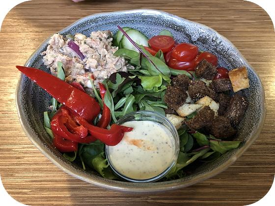 Eten in de Proeftuin bij Intratuin Barneveld tonijnsalade