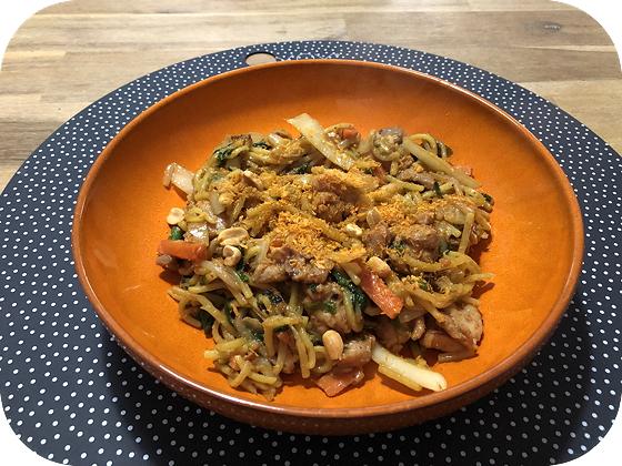 Koken voor 2 Kip Saté met gele noodles