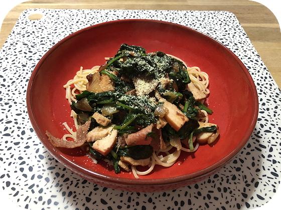 Spaghetti met Spinazie, Zongedroogde Tomaat en Gerookte Kip