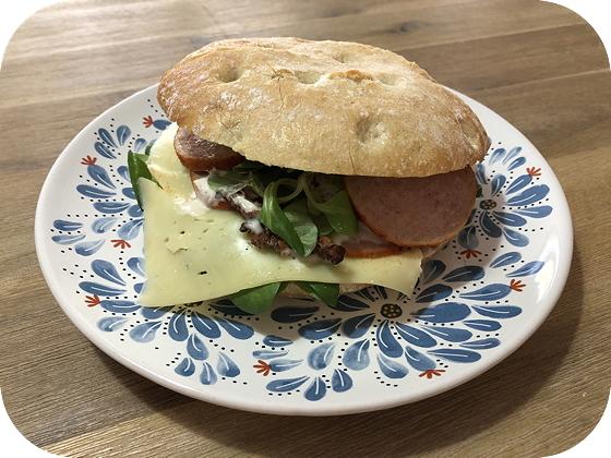 Broodje Grillworst van de Zuivelhoeve Veenendaal