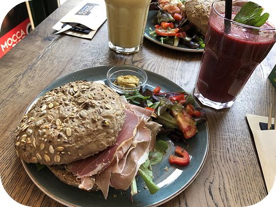 Everyday Bread & Coffee in Hattem vers van het mes