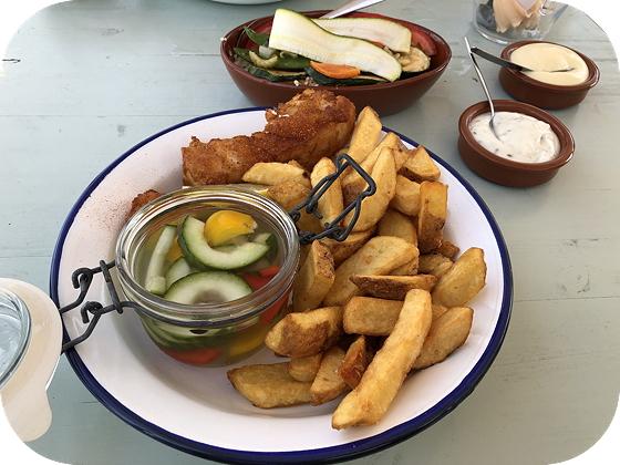 Fish & Chips bij 't Mootje in Anjum kabeljauw