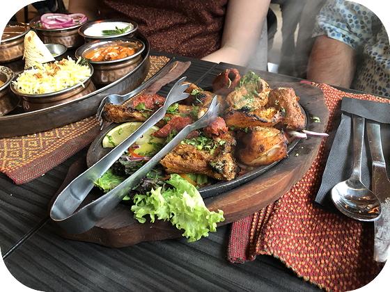 Thali's bij Namastey India Veenendaal Tandoori Mixed Grill