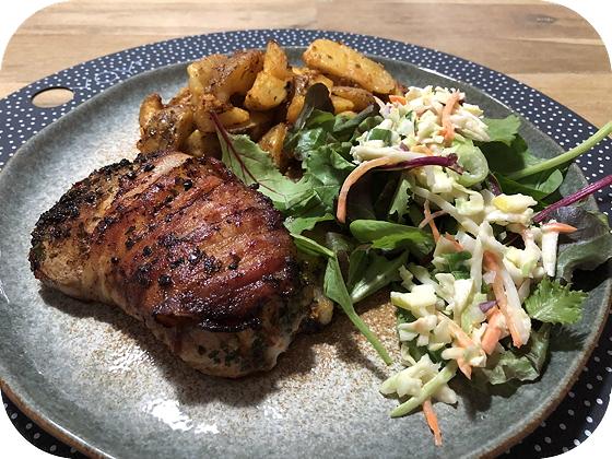 Ellekooter Steak met Salade en Countryaardappeltjes