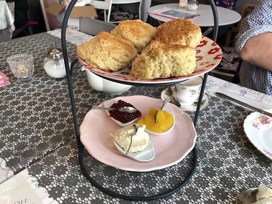 High Tea bij Tilly Rose Vlissingen scones
