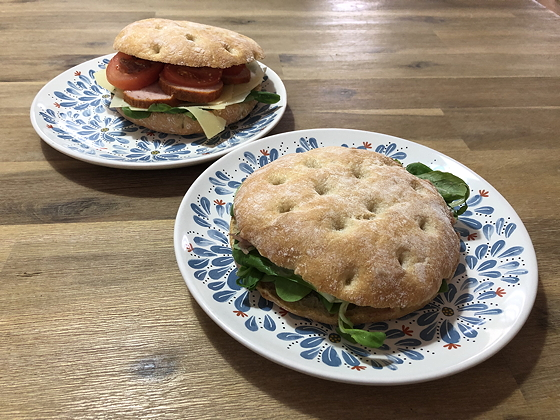 Broodjes van de Zuivelhoeve Veenendaal