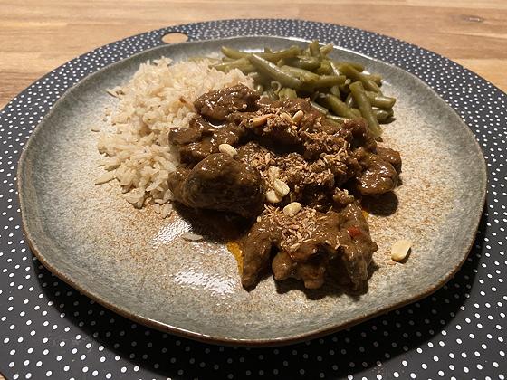 Beef Redang met Sperzieboontjes en Rijst