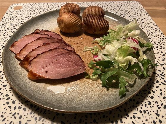 Beenhammetje en Hasselback aardappeltjes uit Airfryer