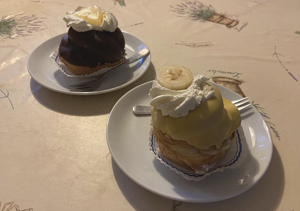 Bananensoes en Moorkop van Bakkerij Aalbertsen Doorn