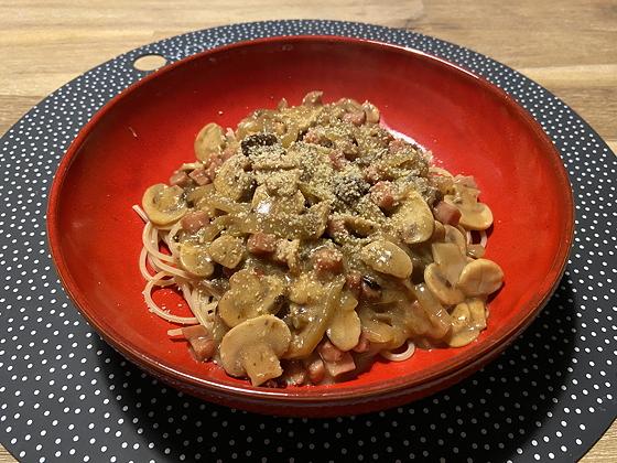 Spaghetti met Bospaddenstoelensaus