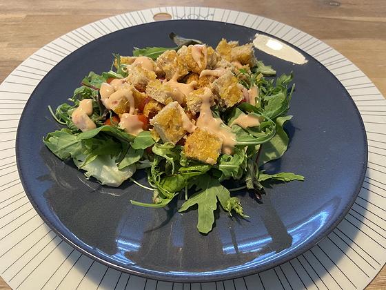 Salade met Vega Krokante Kipschnitzels