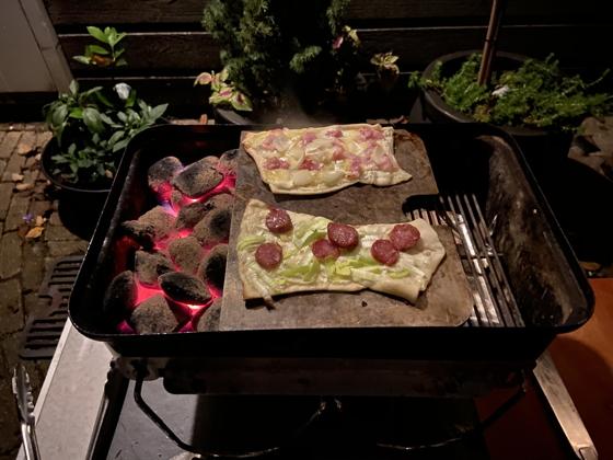 Flammkuchen van de BBQ