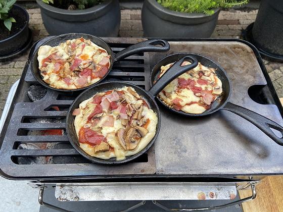 Pizzaatjes van de BBQ